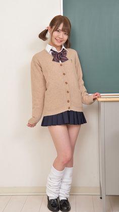 Japanese School Uniform Girl, School Uniform Fashion, School Girl Japan, All Girls School, School Girl Dress, Girly Girl Outfits, Cute Casual Outfits, Cute Asian Girls, Cute Girls