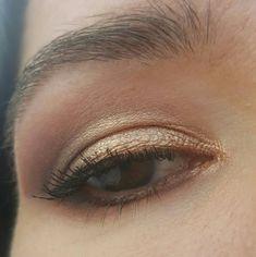 Hooded eye cut crease:  Stila Soul palette