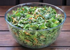 Sałatka z kalafiora i pomidorów - Obżarciuch Guacamole, Pesto, Sprouts, Menu, Mexican, Vegetables, Ethnic Recipes, Food, Food And Drinks