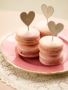 super cute heart toppers! on #pink #cupcakes - your perfect wedding dessert table