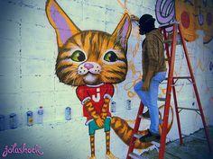Muro en proceso frente al Grupo San Miguel, Valencia, Zona Industrial. Ds & Jotashock, ahi vamos! Ahi Vamos, Street Art Graffiti, Street Artists, Urban Art, Cool Cats, Valencia, Spanish, Disney Characters, Fictional Characters
