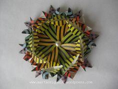 mandala x Origami Quilt, Mandala, 3d, Quilts, Star, Quilt Sets, Log Cabin Quilts, Stars, Mandalas