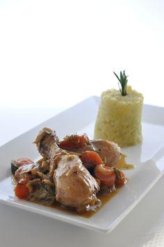 Pollo con verduras al cava y puré de brócoli