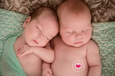 Newborn Twins @ www.ifocus.be
