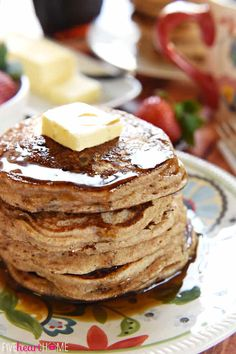 Whip up a breakfast of fluffy, homemade, whole wheat buttermilk pancakes in a matter of minutes with this all-natural Whole Wheat Pancake Mix! Homemade Pancakes, Pancakes Easy, Buttermilk Pancakes, Pancakes And Waffles, Breakfast Cookies, Eat Breakfast, Breakfast Recipes, Breakfast Ideas, Easy Pancake Mix