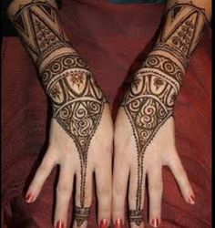 "Share this on WhatsAppThe Arabic mehndi designs are usually visible on wedding day and ""Henna nights"". They also call Henna night as ""the night before [. Latest Arabic Mehndi Designs, Arabic Henna Designs, Mehndi Designs For Hands, Bridal Mehndi Designs, Henna Tattoo Designs, Mehandi Designs, Arabic Design, Hand Mehndi, Tattoo Ideas"