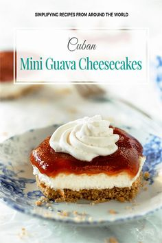 These no-bake Cuban Mini Guava Cheesecakes with rich and smooth tropical flavor will make your taste buds want to come back for more. Guava Cheesecake Recipes, Guava Desserts, Cuban Desserts, Cuban Recipes, Mini Desserts, Easy Desserts, Dessert Recipes, Guava Recipes Easy, Hawaiian Recipes
