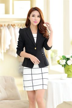 Gender: Women Item Type: Blazers Decoration: Button Clothing Length: Regular Pattern Type: Solid Closure Type: Single Button Hooded: No Material: Polyester Collar: Notched Sleeve Length: Full women's