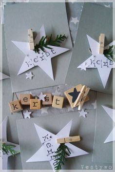 DIY Christmas cards - star - clothespin - or DIY place card idea Decoration Christmas, Diy Christmas Cards, Noel Christmas, Christmas Gift Wrapping, Xmas Cards, All Things Christmas, Winter Christmas, Handmade Christmas, Christmas Crafts