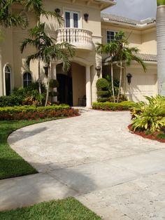 Travertine Driveway in Oxford completed by U.S. Brick and Block