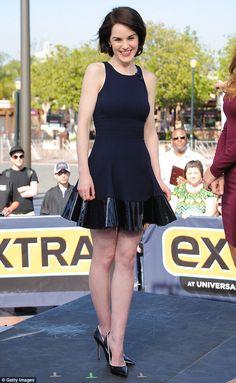 Michelle Dockery wearing Cushnie et Ochs with Casadei pumps – Extra #2013
