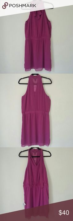 """Banana Republic Blouson/Romper Dress NWT! Banana Republic Women's Purple, Sleeveless, Knee Length, Layered Blouson/Romper Dress w/Tie Neck & Side Zip/Snap Buttons. Made of--Shell: 100% Polyester (coarse texture); Lining (softer texture). Pit To Pit: 19 1/4""""; Length (stretched): 37.5"""". *Measurements are approximate* There's a snag, approximately 2"""" long on the front, bottom half--see last photo. Dresses"""