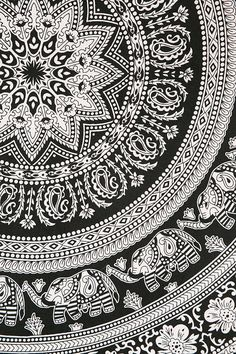 Magical Thinking Floral Elephant Tapestry - Urban Outfitters