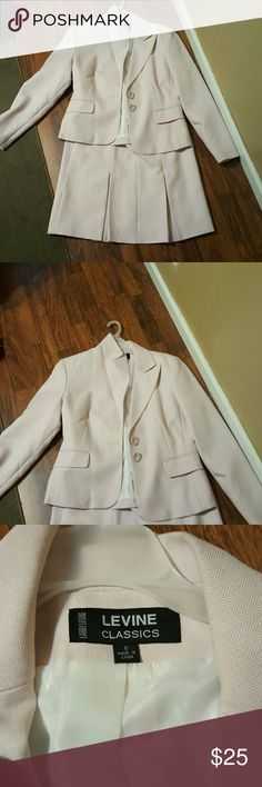 Skirt and blazer set New my mom don't want anymore Dresses