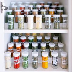 spice jars the home edit Pantry Organisation, Spice Organization, Makeup Organization, Spice Bottles, Spice Jars, Home Depot, Spice Set, The Home Edit, Organizing Your Home