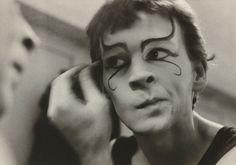 (Butterfly behind glass Red Symons) 1975. Carol JERREMS Australia 1949 – 1980