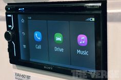 Sony's new MirrorLink-enabled car head units put your smartphone in the dashboard...