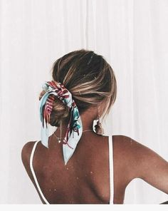 Check out our latest easy hairstyles quick lazy girl hair hacks. Know more about easy hairstyles quick medium lengths with bangs, easy hairstyles for … - Hairstyle Lazy Girl Easy Hairstyles For Medium Hair, Quick Hairstyles, Scarf Hairstyles, Pretty Hairstyles, Medium Hair Styles, Girl Hairstyles, Curly Hair Styles, Short Summer Hairstyles, Teenage Hairstyles