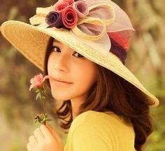 当品物は片剤ですが、中身無色無味。各飲料によく溶ける。女性は服用後、数分間に効き目が出て、顔が赤く、吐息が熱く、目には渇望が現れ、急に欲しくなります。呼吸が急速に加速して、貴方と共に愛欲の河に落ちることを望む。此時の女性は情熱奔放、女のこらしくなる。http://www.kanpoudonya.com/product/288.html
