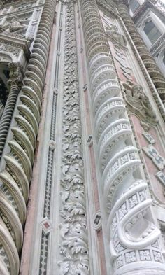Sino a toccare il cielo!!!    (Splendidi particolari - Santa Maria del Fiore) Firenze