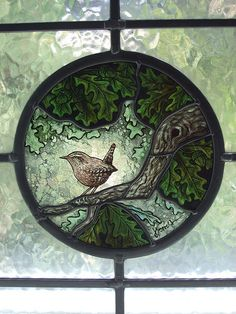 Sheffield artist in stained glass and paintin – Verre et de vitrailes Stained Glass Paint, Stained Glass Designs, Stained Glass Panels, Stained Glass Patterns, Leaded Glass, Mosaic Glass, Glass Art, Antique Bottles, Glass Birds