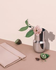 Menu Tactile Vase & Everlane Foldover Pouch | by Sharon Radisch