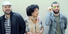 """A Trident apresenta mais um palco do Estação Catraca Livre, montado no dia 17 de abril. Dessa vez a festa será nos arredores do Metrô Anhangabaú, às 15h30. Todo mundo pode participar pois a entrada é Catraca Livre.Veja detalhes na página do show Não embarque no metrô lotado, dê um tempo curtindo música no festival...<br /><a class=""""more-link"""" href=""""https://catracalivre.com.br/sp/agenda/gratis/grande-festa-do-estacao-catraca-livre-com-o-palco-afro-mpbeat-no-anhangabau/"""">Continue lendo »</a>"""