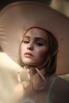 Johnny Depp's 15-Year-Old Daughter Lily-Rose Depp Makes Modeling Debut