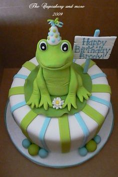 Southern Cottage Sweets - Home - Frog Cupcake tree for Brody Fondant Figures, Fondant Cakes, Cupcake Cakes, Fancy Cakes, Cute Cakes, Cake Pops, Frog Birthday Party, Birthday Cake, Happy Birthday