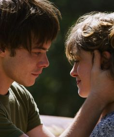 """Natalia Dyer and Charlie Heaton explain where Jonathan and Nancy are in """"Stranger Things and why Steve shippers should chill. Stranger Things Natalia Dyer, Nancy Stranger Things, Stranger Things Jonathan, Stranger Things Have Happened, Stranger Things Season 3, Stranger Things Netflix, Jonathan And Nancy, Jonathan Byers, Nancy Wheeler"""