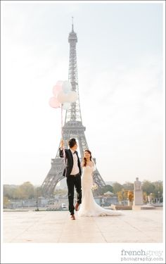 Spring Pre-Wedding: Paris, France. Monique + Eric | frenchgreyphotography.com