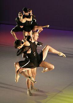 5 October: Eminem meets Mozart in modern dance production 'Rotterdam/New York' : Crossroads