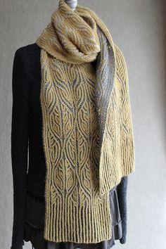 Soutache brioche scarf pattern from Carol Sunday.