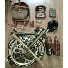 Bike In Style - Military Green . #bicycles #military #green #leather #backpack#shoes #bikeporn #urban #city #thebikemsg