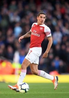 Arsenal Players, Arsenal Fc, Hector Bellerin, Sexy Men, Pride, Soccer, Celebs, Football, Running