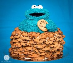 Cookie Monster Cake, now that is a cute cake