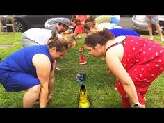 Planning a next party with your family of friends? Funny Party Games, Summer Party Games, Easy Party Games, Backyard Party Games, Outdoor Party Games, Outdoor Games For Kids, Party Fun, Redneck Party Games, Party Games For Adults