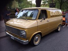 Nice old school Chevy van!
