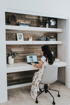 Well-liked Las Vegas lifestyle doodlekit is excited to expose her DIY Closet Business office and include a number of the woman favorite Contemporary Office Concepts to help you together with your project. Click the link today to see them just about all! Home Office Closet, Office Nook, Guest Room Office, Home Office Space, Home Office Decor, Closet Desk, Desk Nook, Hall Closet, Office Ideas For Home