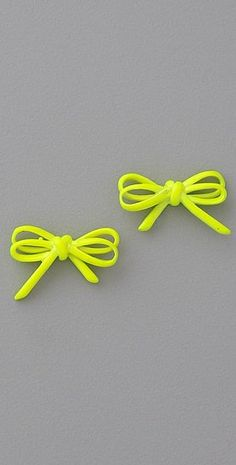 Marc by Marc Jacobs Bianca Neon Yellow Bow Studs Jewelry Trends, Jewelry Accessories, Fashion Accessories, Neon Jewelry, Bow Earrings, Wedding Earrings, Fancy, Mellow Yellow, Neon Yellow