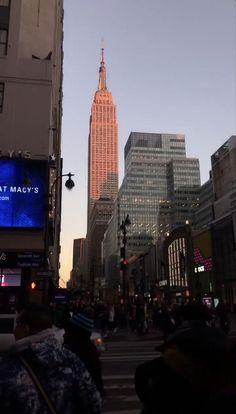New York Life, Nyc Life, City Aesthetic, Travel Aesthetic, City Vibe, Dream City, Concrete Jungle, New York Travel, Aesthetic Pictures