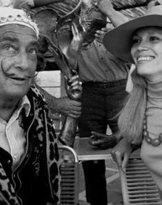salvador dali et amanda lear en provence en 1974