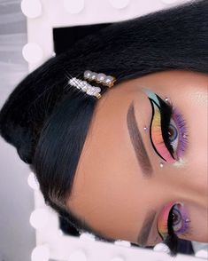 Image in Makeup 🌺 collection by Javeigh 🦋 on We Heart It Dope Makeup, Makeup Eye Looks, Baddie Makeup, Eye Makeup Art, Colorful Eye Makeup, Beautiful Eye Makeup, Crazy Makeup, Pretty Makeup, Eyeshadow Makeup