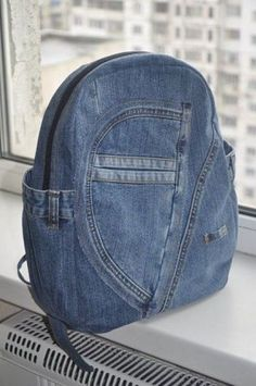 Blue denim Bagpack is very reliable, durable, capacious and stylish. A backpack has external and internal pockets. The backpack has many pockets: Más Denim Backpack, Denim Purse, Backpack Bags, Jean Purses, Purses And Bags, Mochila Jeans, Bag Illustration, Recycled Denim, Fabric Bags