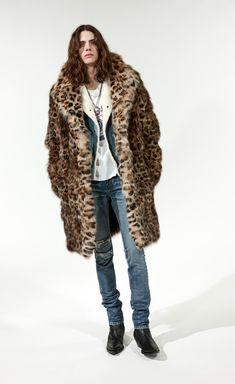 Men's Fall Winter 18 Looks Bad Boy Style, Man Style, Daily Fashion, Mens Fashion, Mens Fur, Leather Jacket Outfits, Rainbow Fashion, Saint Laurent Paris, Glamour