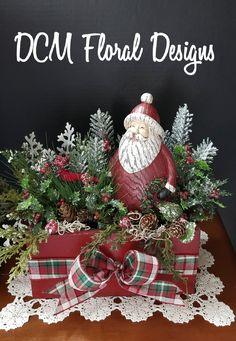 Christmas Centerpieces, Christmas Decorations, Holiday Decor, Christmas Wreaths, Christmas Tree, Christmas Ornaments, Creative Crafts, Floral Design, Home Decor