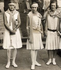 vintage tennis outfits for women | 1920's tennis players.
