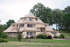 Pyramid House, Clear Lake, Iowa