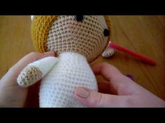 Weebee Crochet Doll - How to do the seamless colour change - YouTube
