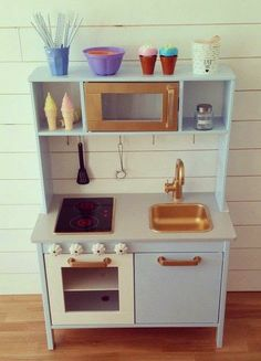 mommo design: IKEA HACKS - play kitchen makeover